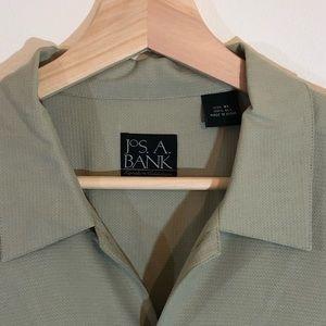 Jos. A. Bank Shirts - Jos. A Bank XL 100% Silk Short Sleeve Shirt